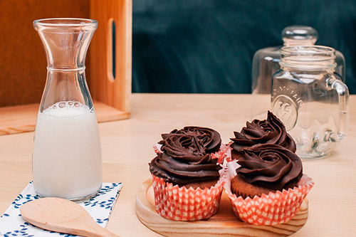 ¿Debo o no incluir la leche en mi dieta diaria?